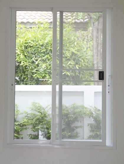 Sliding glass doors vs french doors penny window st louis for Sliding glass doors that look like french doors